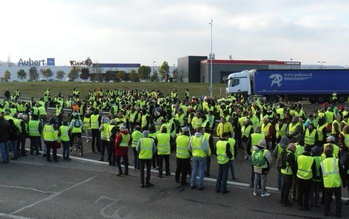 Gilets jaune en grève France